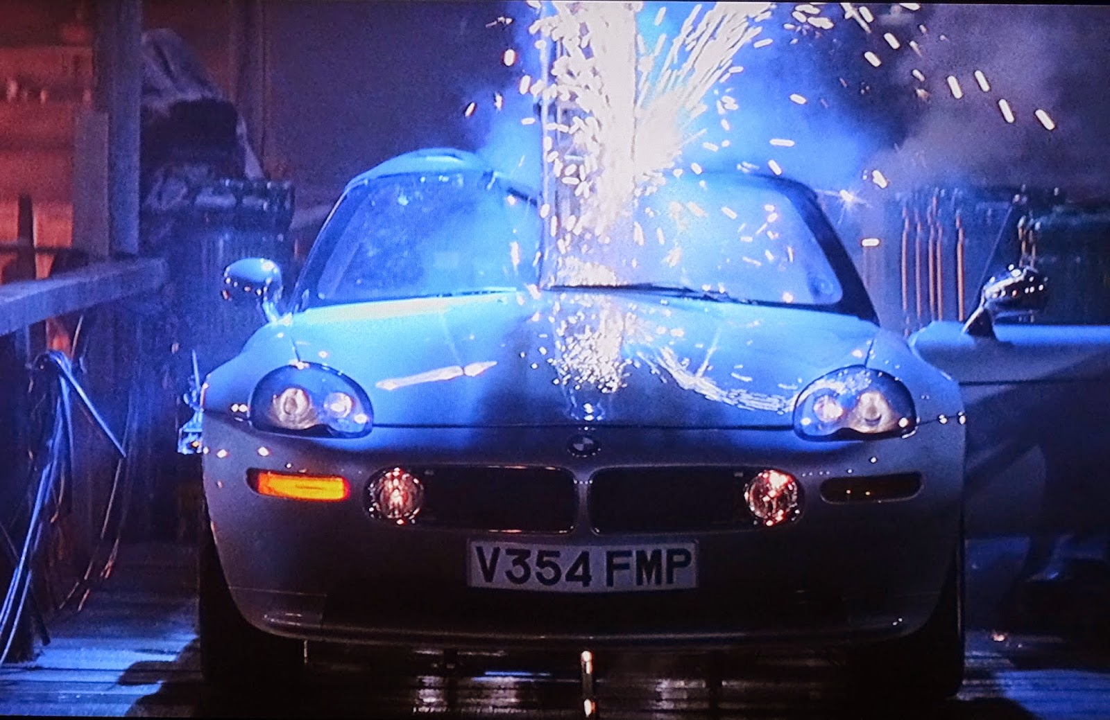 007 Travelers 007 Vehicle Bmw Z8 The World Is Not