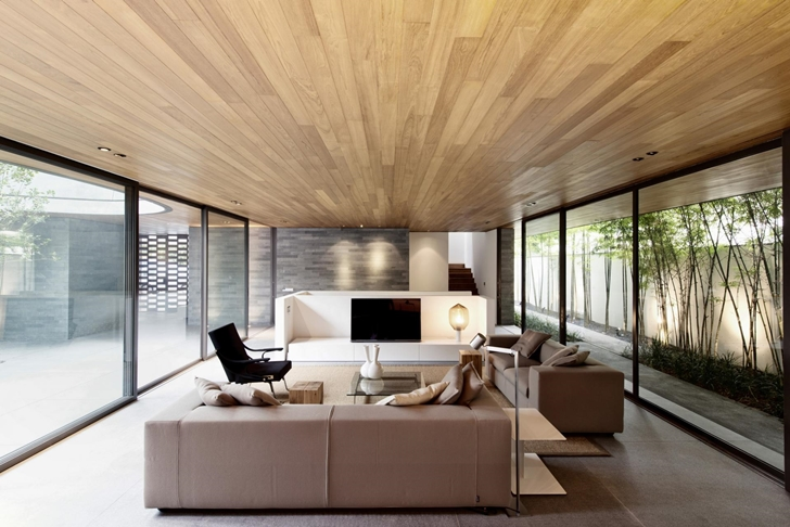 Living room in The Wall House by FARM Architects