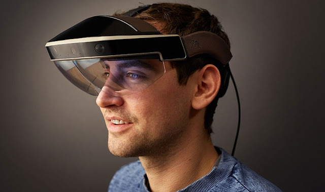 Meta 2 Virtual Reality