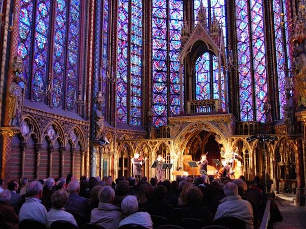 Musik Klasik di Eglise Saint Chapelle (warning: romantis bangetttt)