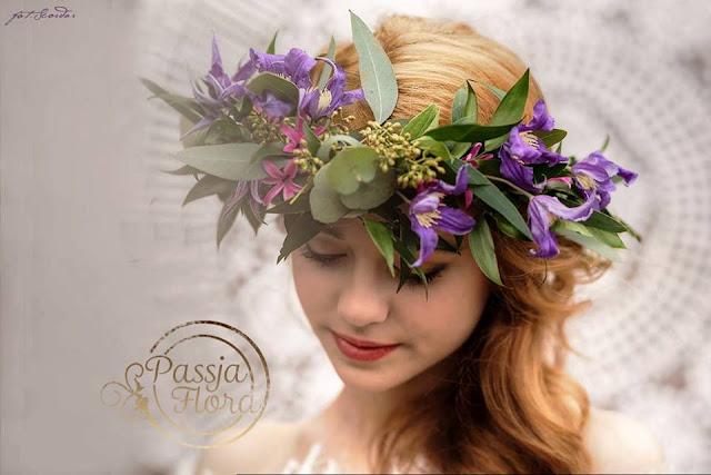Fioletowy wianek ślubny