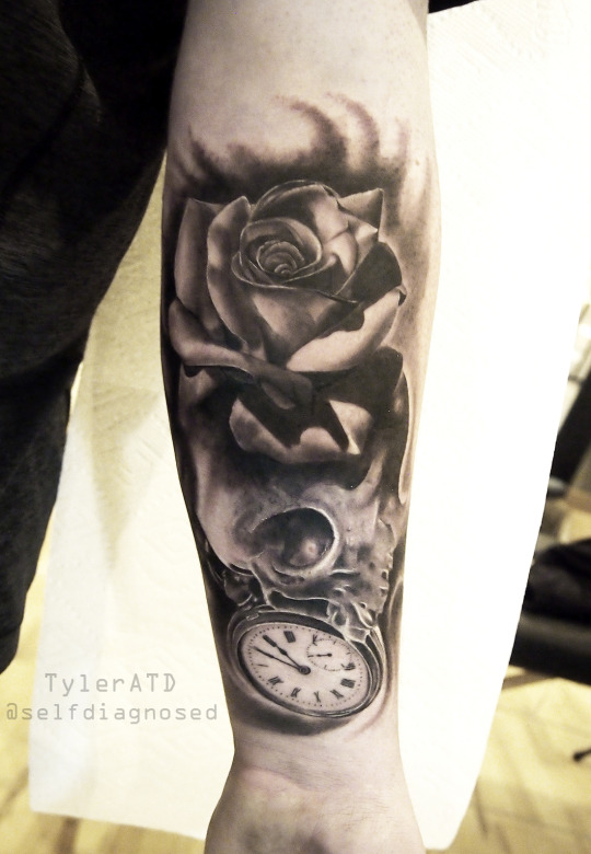 Mysterious Clock Tattoos For Men and Women