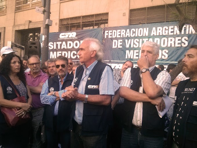 MOVILIZACIÓN Y ASAMBLEA EN LA PUERTA DEL MINISTERIO DE TRABAJO