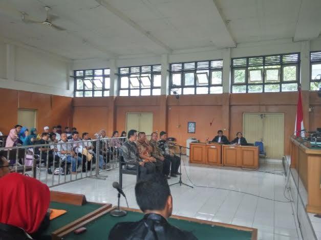 Riamon Iskandar, Islan Hanura dan Aidil Fitri Di hukum 5 Tahun, Darwin AH 6 Tahun