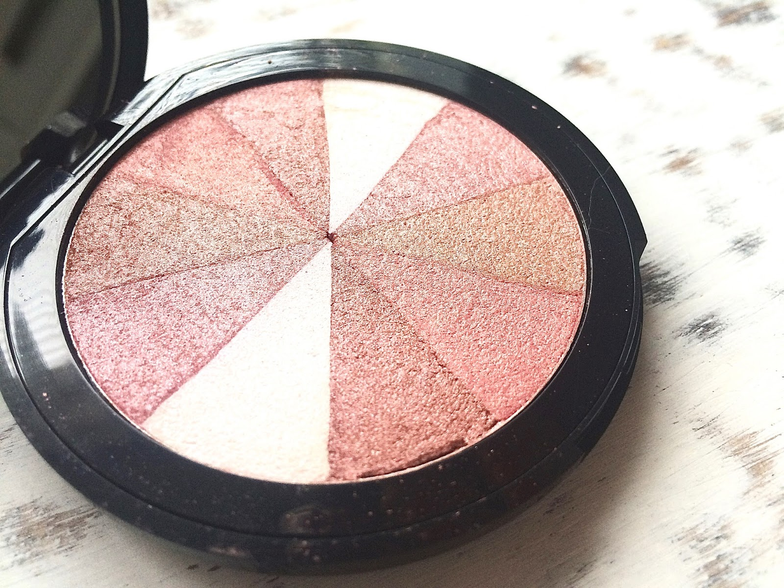 Soap & Glory's Love at First Blush blusher & highlighter