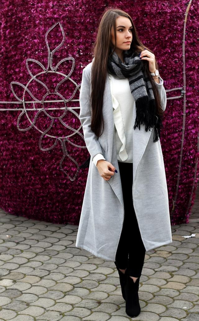 Codzienna stylizacja z długim płaszczem x ZAFUL.