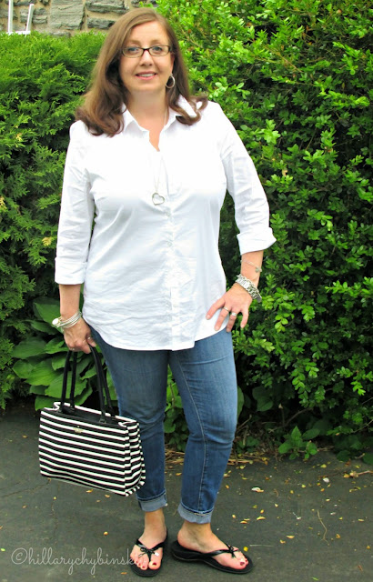 White Shirt and Jeans Styled With Black and White Accessories