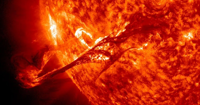 Solar eruptions of many sizes, including enormous coronal mass ejections (pictured), could be triggered by a single process. Credit: NASA/SDO