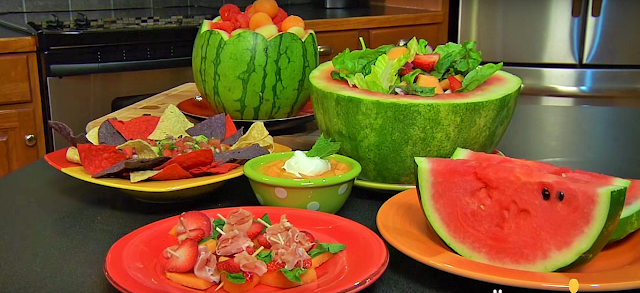 Care must be taken when buying as melon should not be over-or-under-ripe. This can be assessed by carefully pressing the top or bottom of the fruit and smelling the outside skin for sweetness. There should be a slightly degree of softness to the cantaloupe and charentais melons. The stalk should be attached, otherwise the melon deteriorates quickly. Storage: at home, place them in cool, well-ventilated place. Cut sections, however, should be kept inside the refrigerator.