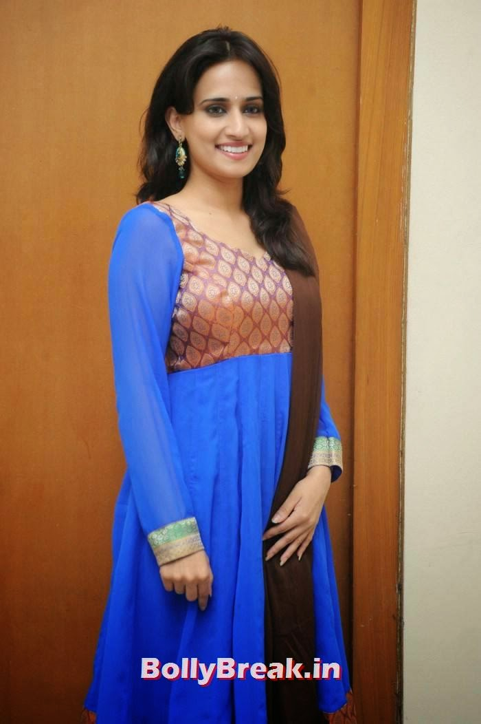 , Chinmayi Ghatrazu Photo gallery in Blue Churidar Salwaar Kameez