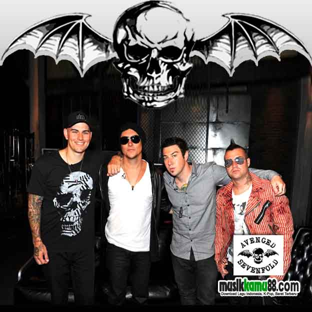 Download Lagu Avenged Sevenfold Seize The Day - hiphoplasopa