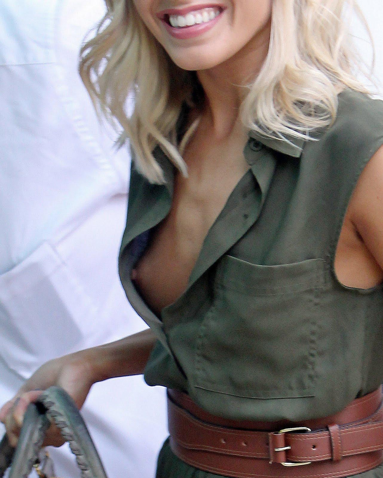 AbsoluGirl  Oops  Videos de femmes nues sexy erotique en