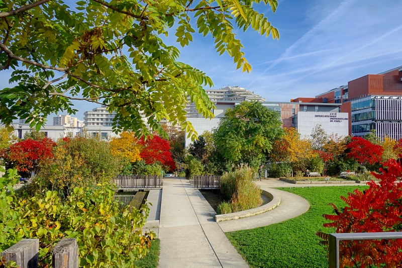 Paris jardin serge gainsbourg un espace vert cologique - Piscine des tourelles porte des lilas ...