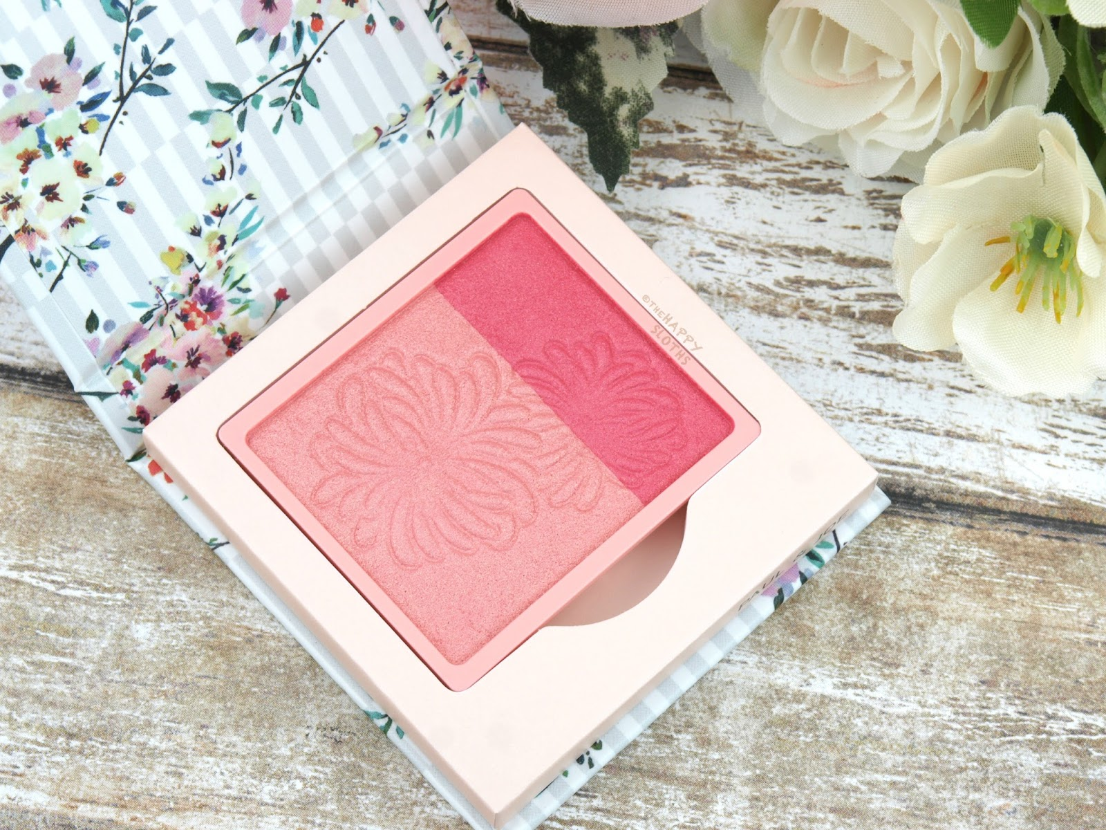 """Paul & Joe Spring 2017 Powder Blush in """"002 Mon Lapin"""": Review and Swatches"""