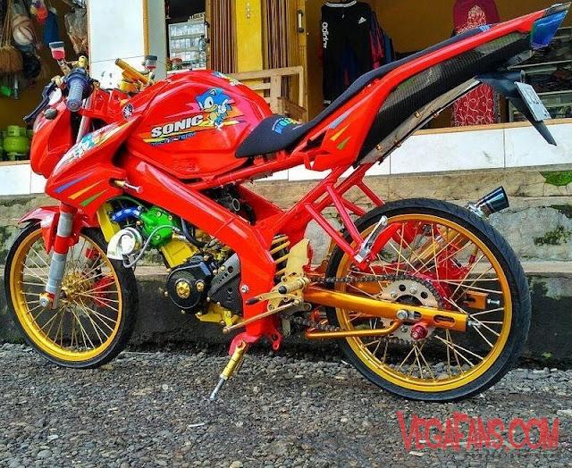New Vixion Modif Jari Jari Warna Merah Velg Gold