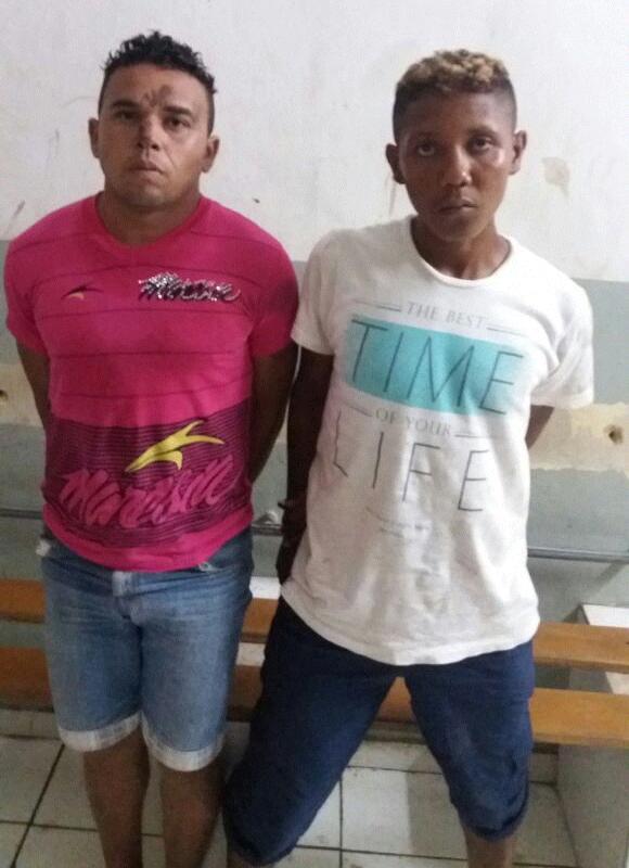 """""""NA MIRA"""": Esquadrão Águia prende dupla suspeita de assalto no centro de Caxias"""