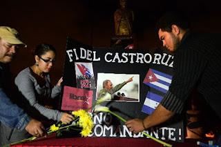 VÌ VIỆT NAM, CUBA SẴN SÀNG HIẾN DÂNG CẢ MÁU  CỦA MÌNH