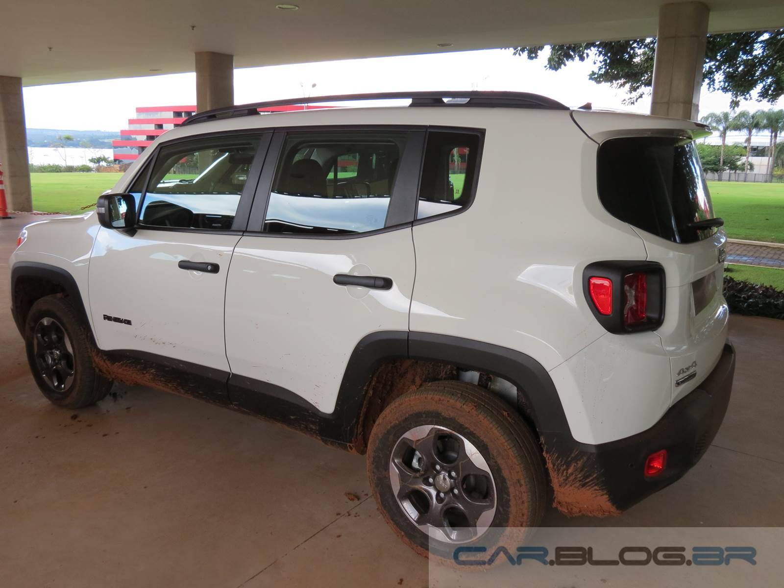 jeep renegade 2 0 diesel v deo com detalhes das vers es car blog br. Black Bedroom Furniture Sets. Home Design Ideas