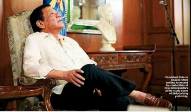 Davaoeno praises Duterte: He is old, weary and lonely but his love fuels him