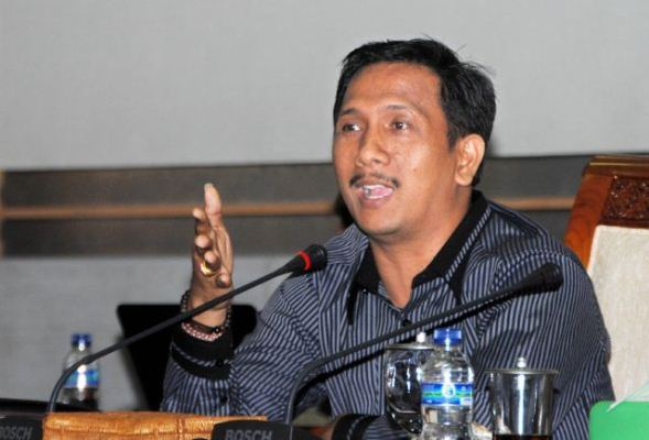 Gede Pasek Tolak Pengerukan Pasir Lombok untuk Reklamasi Benoa