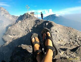 Jalur Pendakian Gunung Merappi - Puncak Merapi