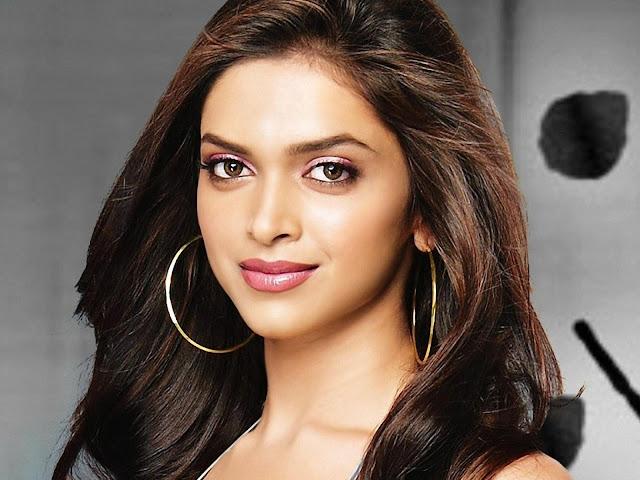 Deepika Padukone adalah wanita paling seksi dan paling cantik di dunia tahun 2015