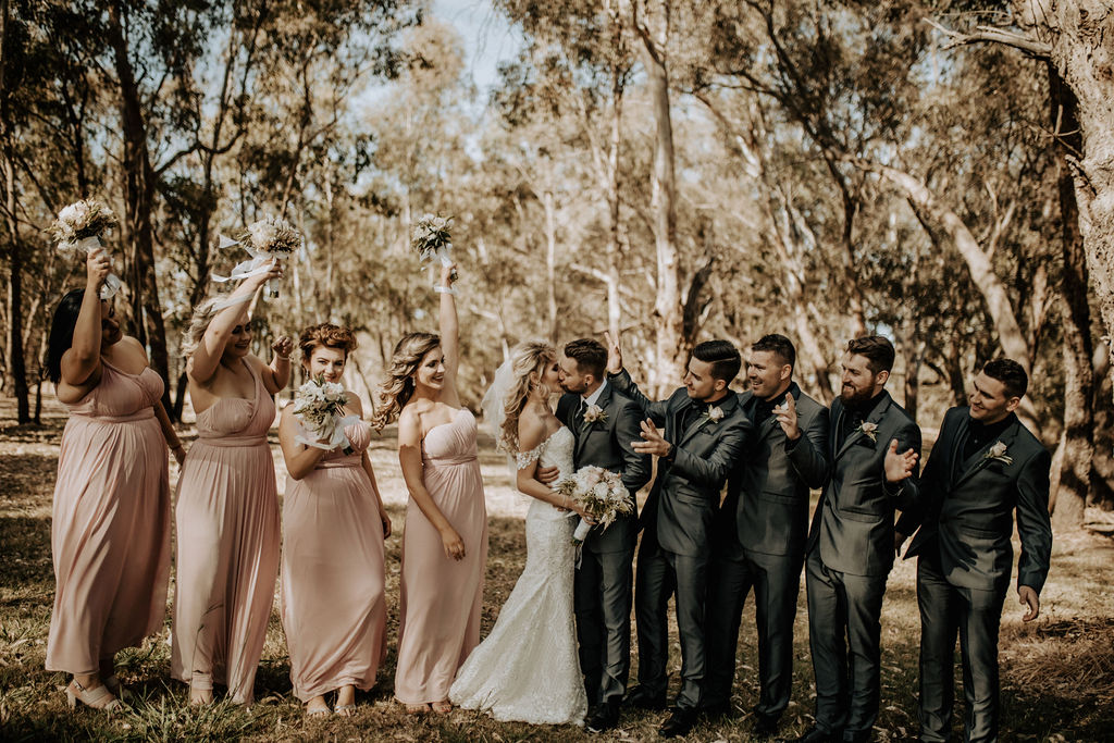 PERTH WEDDING EMMA MACAULAY PHOTOGRAPHY VINTAGE OUTDOOR