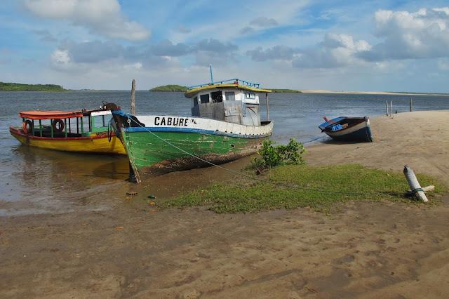 Caburé, às margens do Rio Preguiças