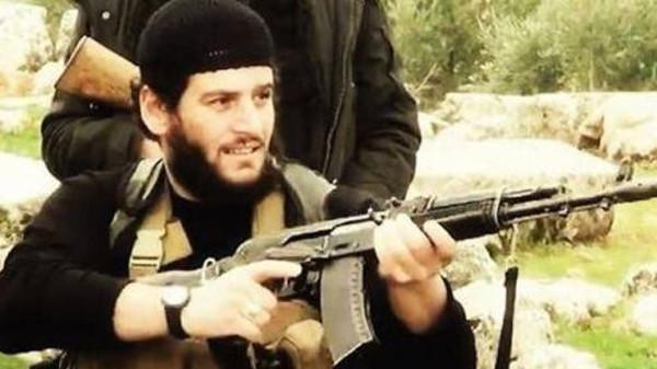 """وزارة الدفاع الأميركية تؤكد مقتل المتحدث باسم """"داعش"""" بغارة جوية في سوريا"""