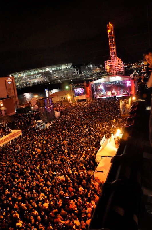 The McCooey's of London: New Years Eve: NASHVILLE!