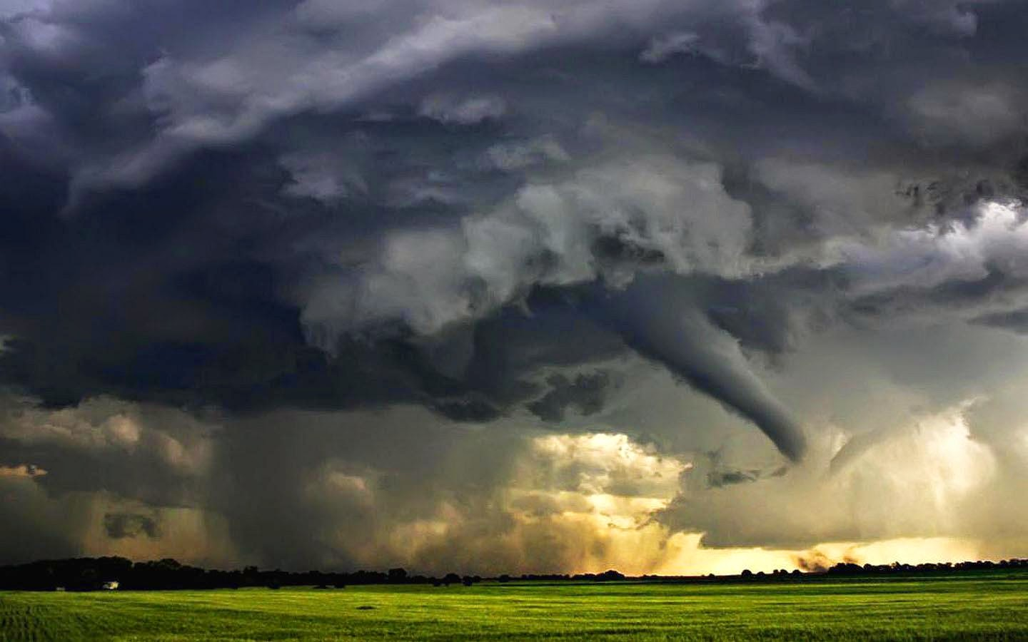 Dangerous Power of Nature : Top 10 Most Scaries Storm Clouds