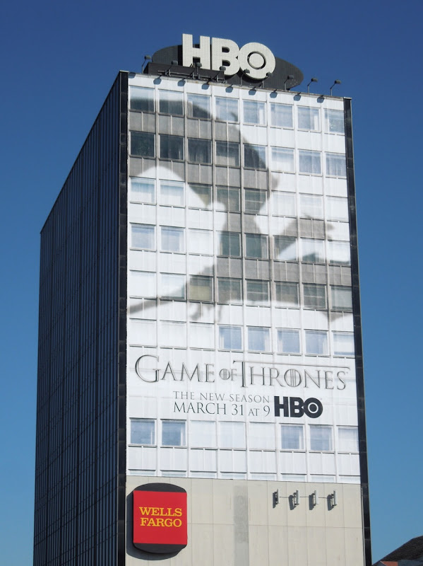 Giant Game Thrones 3 dragon shadow billboard