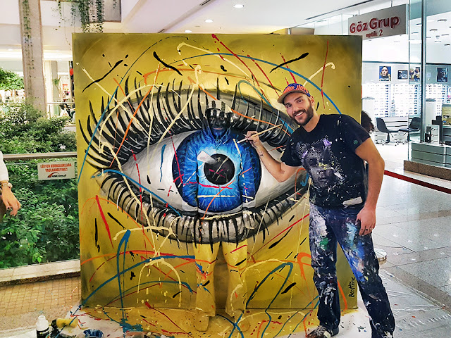 Flesh and Acrylic - Ben Heine Art - Invisible Camouflage - Eye - Ankamall