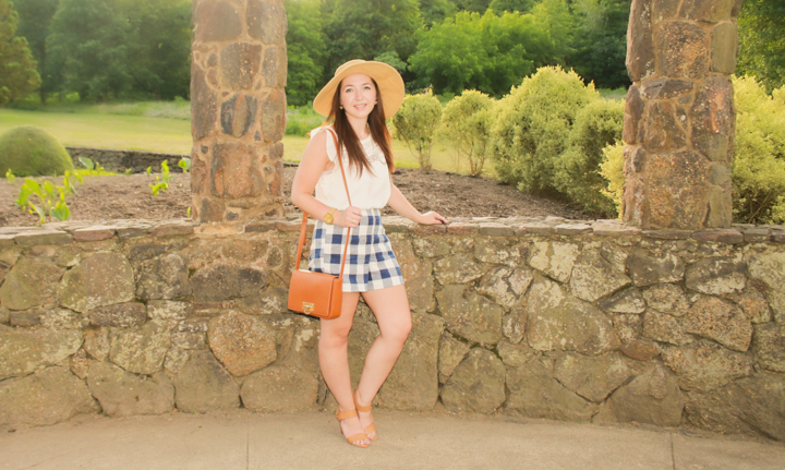 how-to-wear-high-waisted-shorts, how-to-wear-printed-shorts, printed-shorts, high-waisted-shorts, how-to-look-taller, how-to-hide-flaw-with-clothing, old-navy-high-waist-gingham-shorts, how-to-wear-a-straw-floppy-hat, express-lace-yoke-flutter-sleeve-blouse, aldo-block-heel-sandals, how-to-wear-block-heel-sandals, forever-21-crossbody-bag