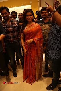 Actress Samantha Pictures in Saree at South India Shoping Mall Launch 0243