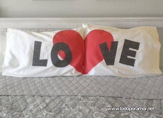 Almohadas romanticas