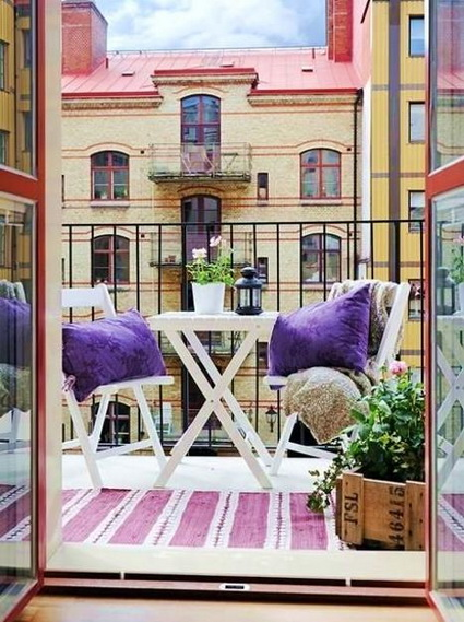 Tips For Decorating Small Balconies On a Budget 7