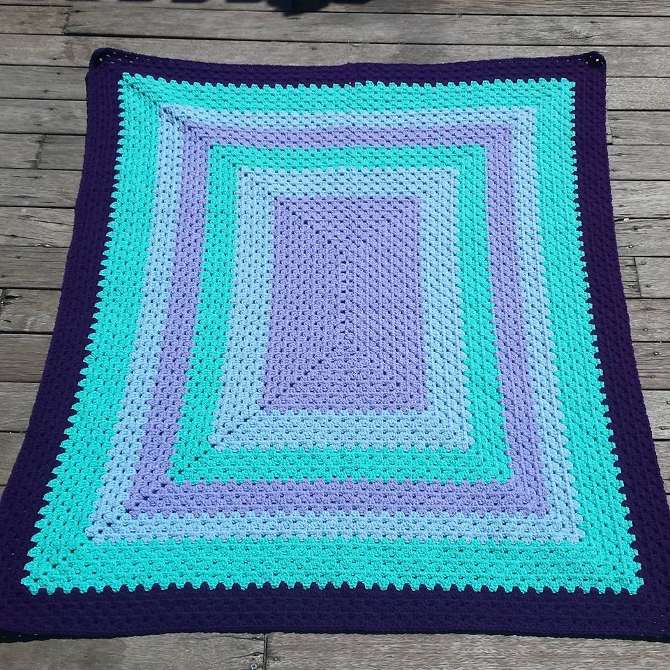 Crochet Patterns Rectangle : Buttonnose Crochet: Rectangle Granny - FREE PATTERN