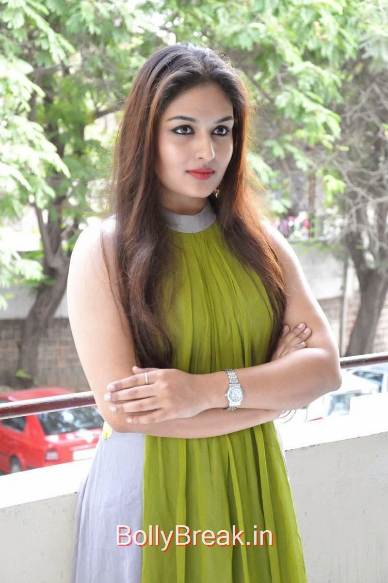 Prayaga Martin Photo Gallery, Actress Prayaga Martin Hot HD Images in Green dress