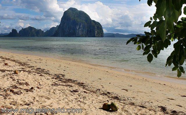 Las-Cabañas-Beach-El-Nido-Palawan-Filipinas