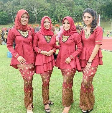 Model Baju Kebaya Keluarga Pengantin Muslim Terbaru