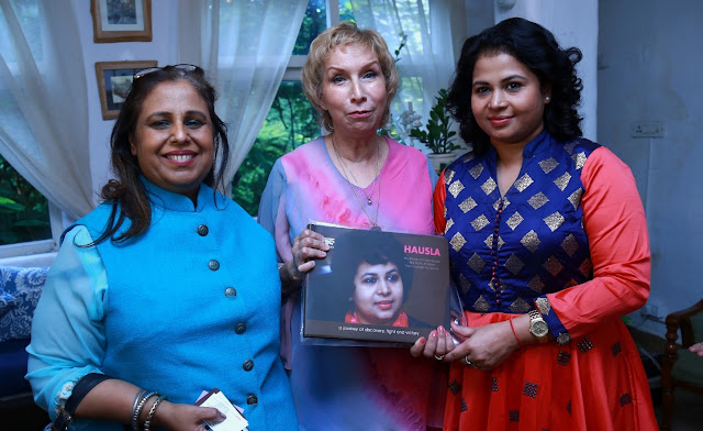 Oncologist Dr. Meenu Walia, Aromatherapist Dr. Blossom Kochhar and Sneha Routray, cancer survivor and President Grameen Sneh Foundation-min