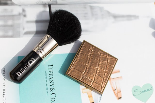 My New Year Beauty Resolutions for 2016 - Laura Mercier Bronzer Brush & Tarte Amazonian Clay Bronzer in Park Ave Princess