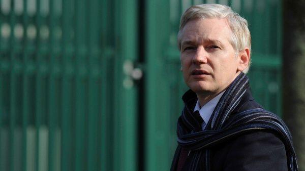 Ecuador retiraría asilo a Assange esta semana según informes