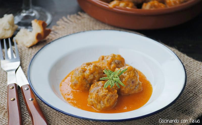 Albóndigas en salsa española-cocinando-con-neus