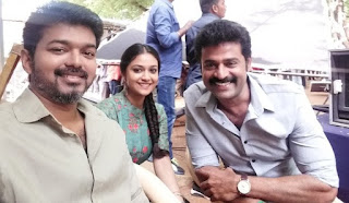 Keerthy Suresh with Vijay Latest Selfie in Sarkar Shooing Spot