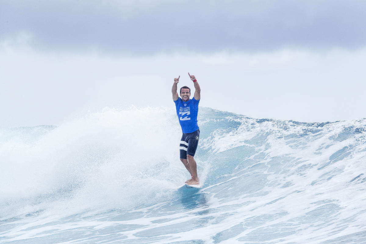 0 Julian Wilson Billabong Pro Tahiti foto WSL Kelly Cestari