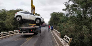 Três mulheres morrem após carro cair de ponte em Caçapava do Sul