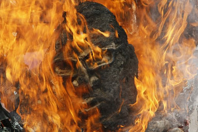Buring of effigy of PNoy during SONA