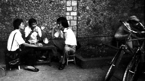 cafe phố, cafe sài gòn, cà phê việt, cà phê phố,